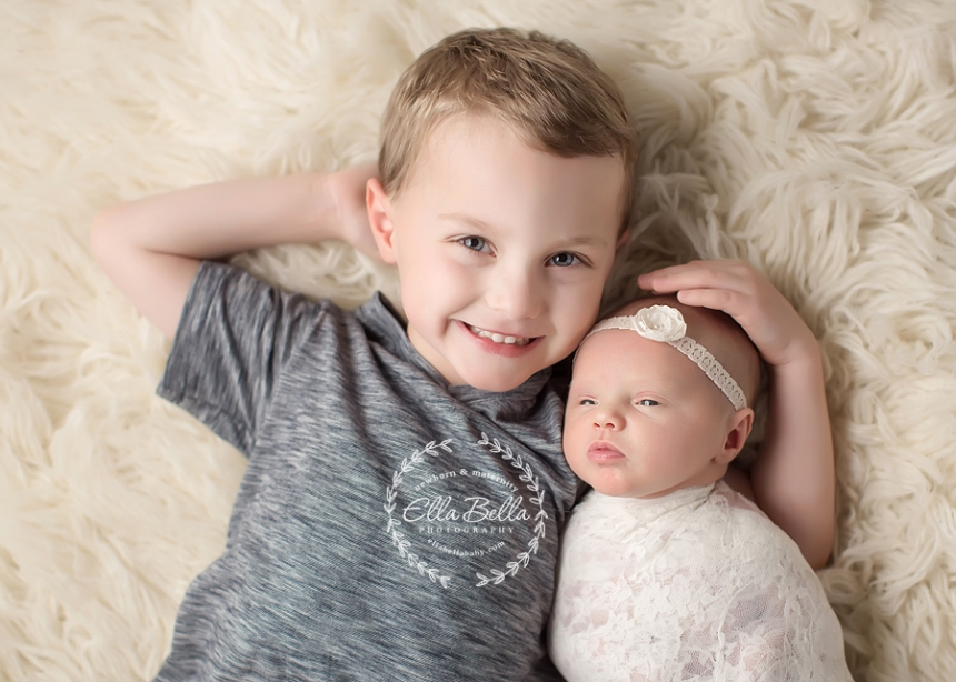 Baby sister and big brother-7998